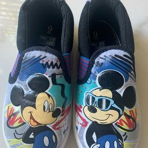 Mickey toddler sneakers